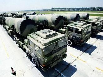 """火箭军""""三型""""高级士官群体成为托举导弹飞天中坚力量"""