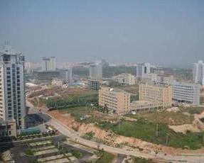 新城区,是指河南省平顶山市新城区,规划形态是带状.新城区高清图片