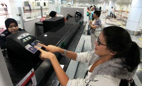 吉隆坡国际机场的安全检查