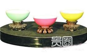 15万美元拍来的单色釉碗是王刚最得意藏品