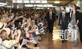 张根硕访日,上千名粉丝在机场等候