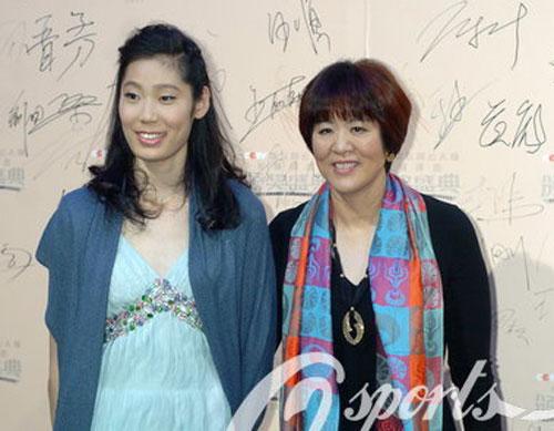 朱婷是2013年中国女排的最大发现