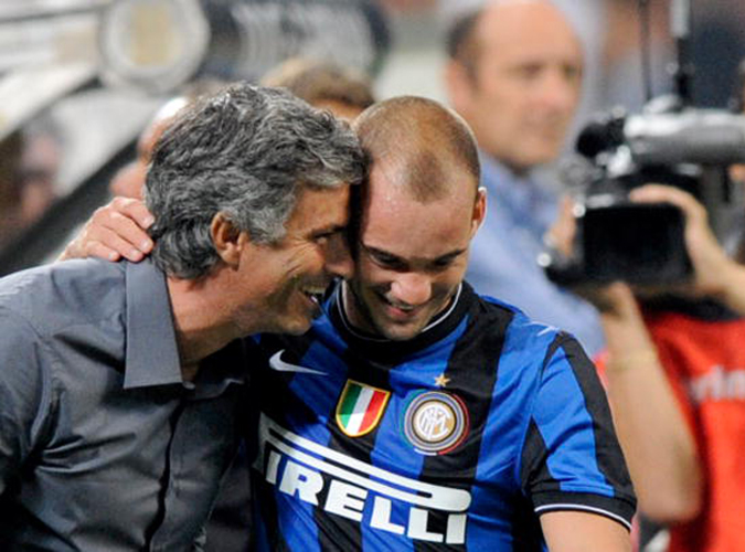 """面对国米狂人主帅穆里尼奥,斯内德称他是""""一生的朋友""""。"""