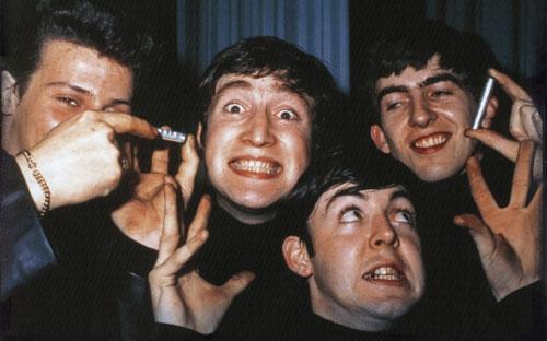 著名的甲壳虫乐队,四名成员都承认服用过迷幻药