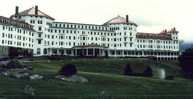 1944年7月,联合国国际货币金融会议在美国新罕布什尔州布雷顿森林举行