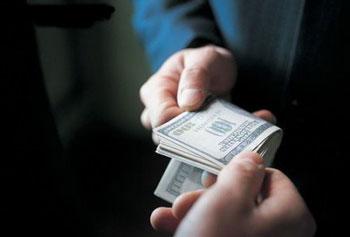 FATCA海外查税法案本身就有反腐败的作用