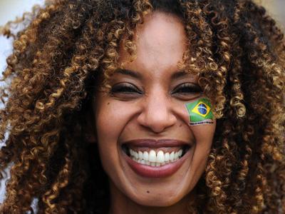 输球也不能带走巴西人天生乐观的笑容