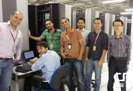 华为公司员工,为世界杯通讯做保障(图片来源国际在线)