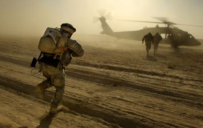 美国的主流民意并不支持出兵伊拉克