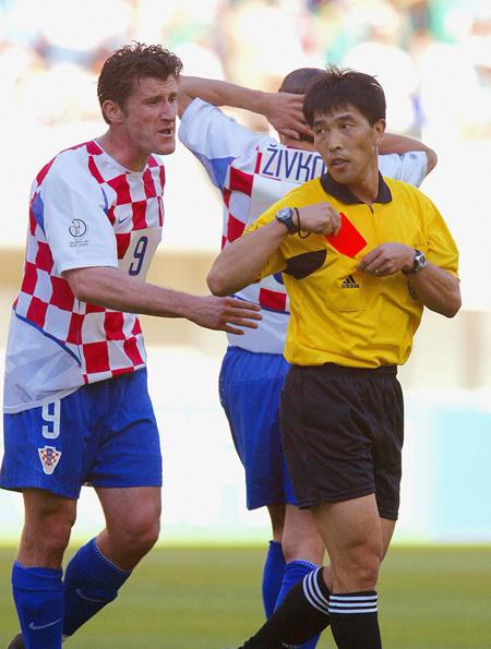陆俊执法韩日世界杯成为职业生涯高光时刻