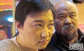 《东北一家人》是吕小品(左)的成名作