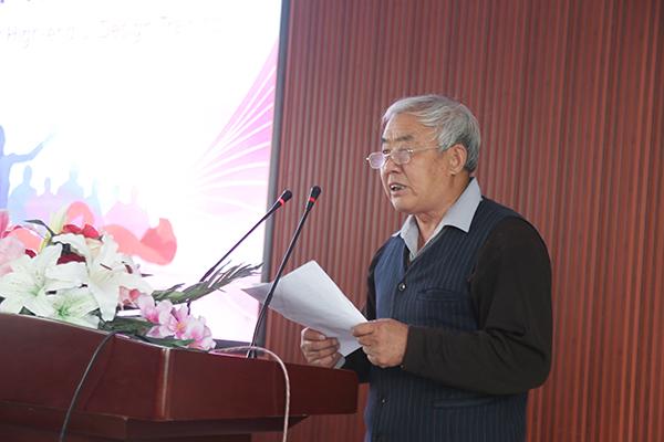学生杨紫玮家长由衷的表达了对学校对老师的感激之情.jpg
