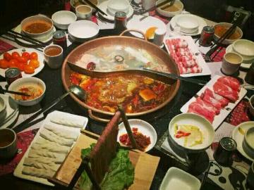 12月26日钟家村宋宫烤鱼聚餐