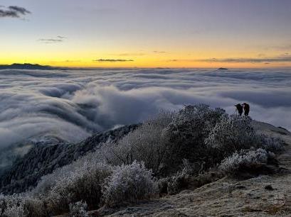 达瓦更扎,最美的云海天堂
