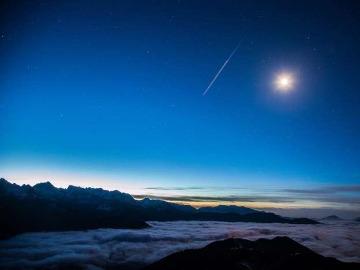 天天达瓦更扎,最美的云海天堂
