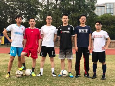 5月 足球训练 保持你的身体状态