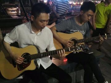 3月3号体育中心吉他初学者学习聚会