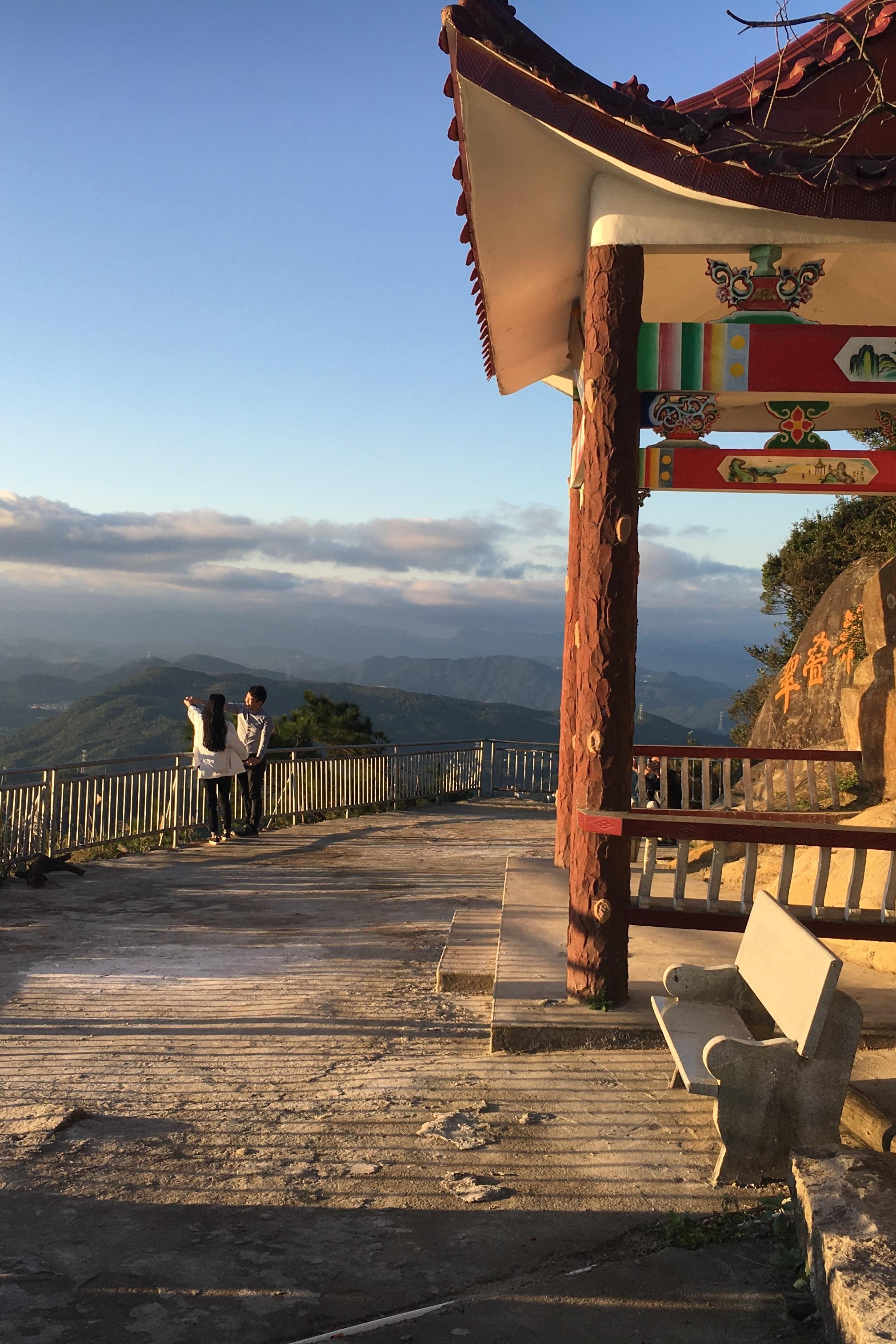 4月9日 徒步九华山 再不爬我们都发霉了