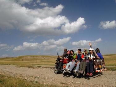6.25-7.2拼团3280玩转西藏