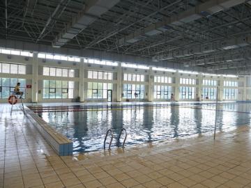 辽大北校区游泳