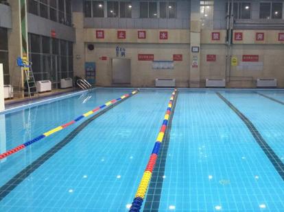 黄金时代少儿游泳体验