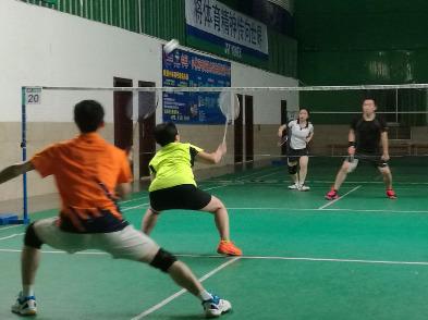 11月23日晚羽翔俱乐部羽毛球活动