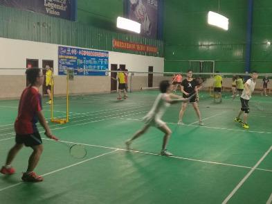 4月5日晚羽翔俱乐部羽毛球活动