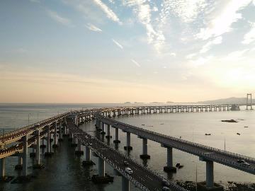 连川户外9月13日夜徒星海湾大桥