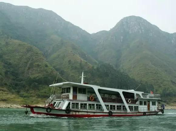 网红玻璃桥-古龙峡云天玻霸+古龙九瀑+船
