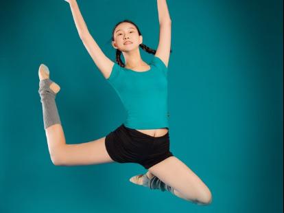 舞蹈室内钢管舞摄影创作