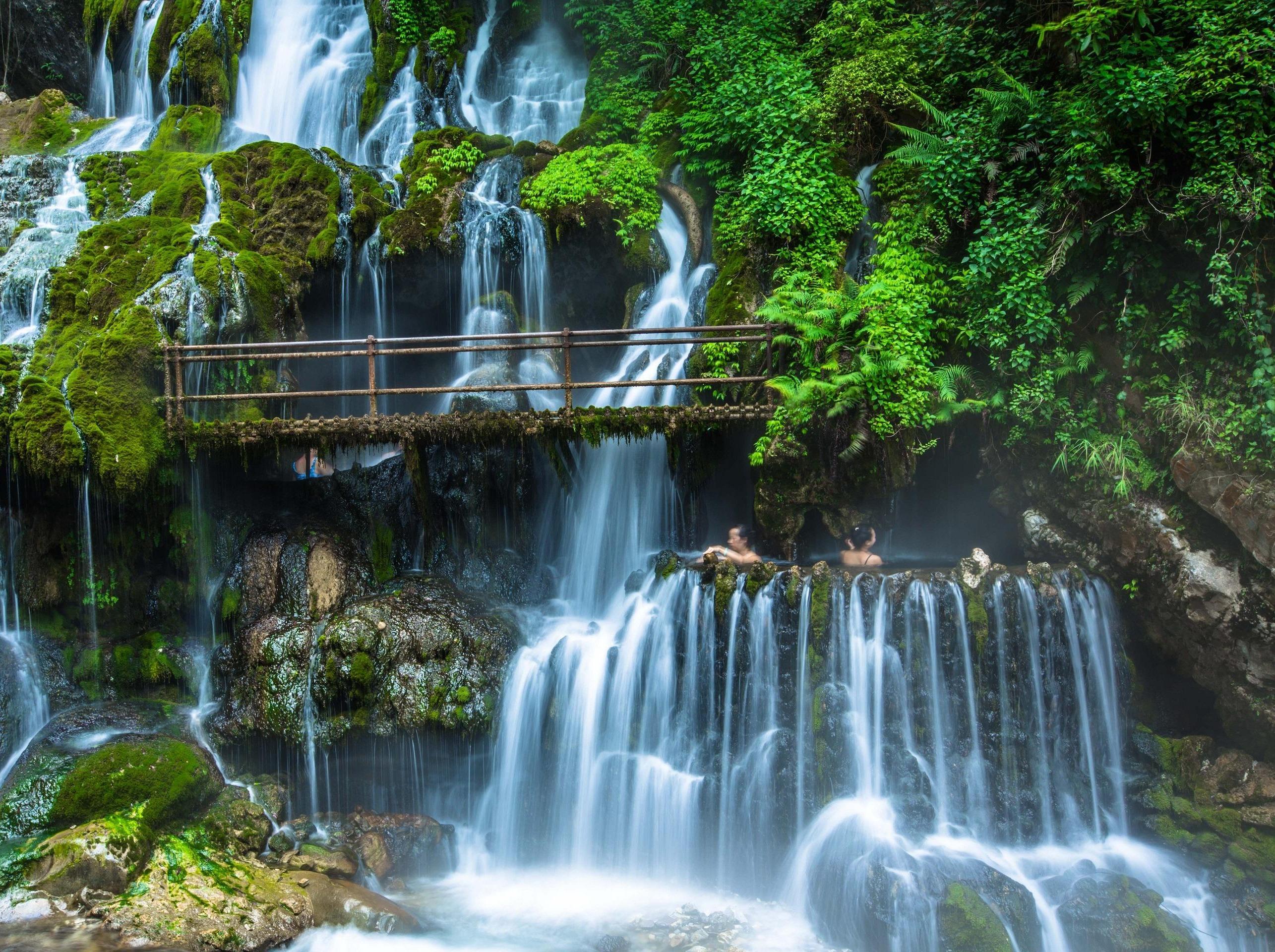 中秋:螺髻山温泉瀑布 孟获城 邛海