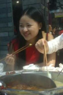 3月30号晚西乡萍洲地铁口聚餐玩游戏活动