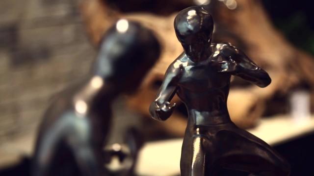 陶雕塑之李小龙