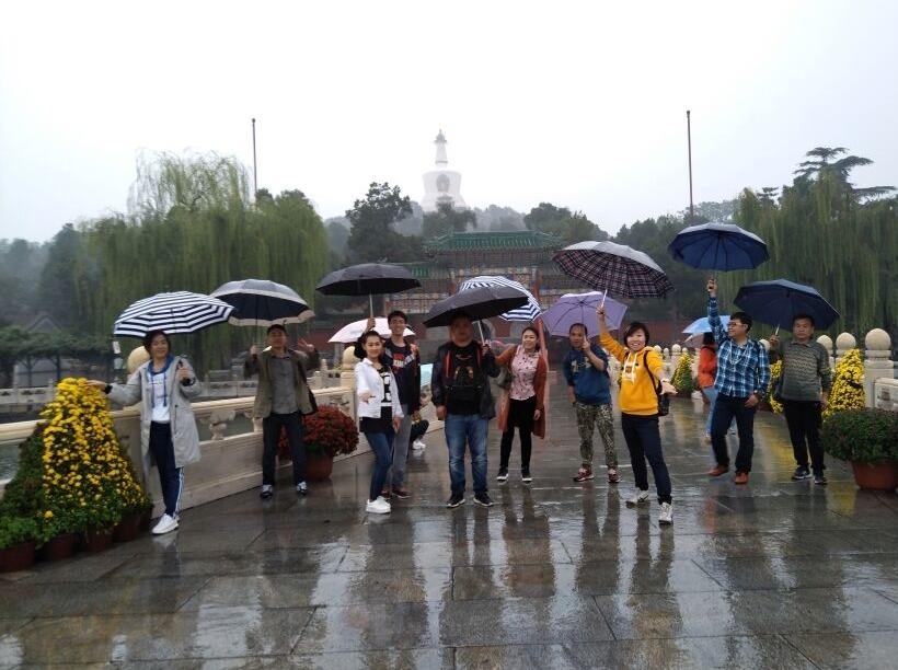 游清华名校,逛吃北京城。