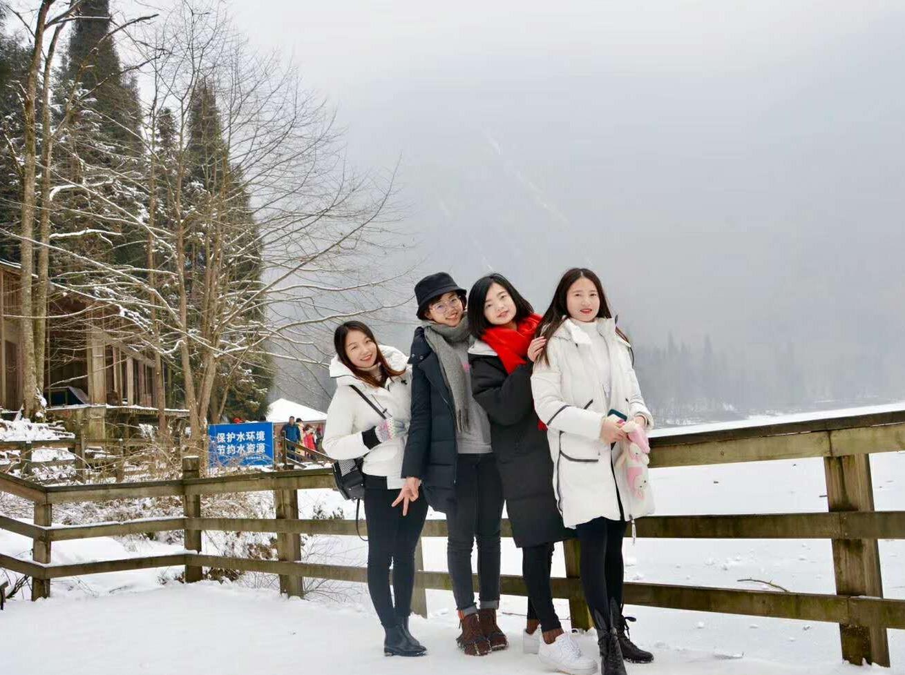 龙池   02月03号,打雪仗,雪地奔跑