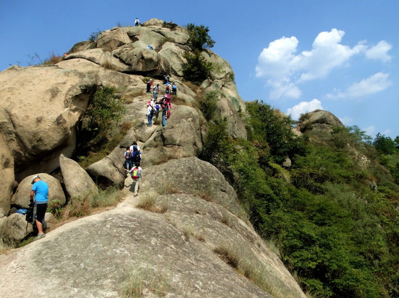 7号(周六)大顶山户外攀爬一天徒步登山