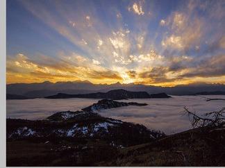 四人同——观云海、看日落、日出、满天星空