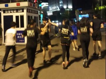 椒江夜跑团之市民广场5公里复苏跑10-4