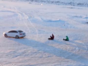 伊丹林业基地登山,玩雪,拍照嘚瑟。