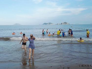 7/8金山海滩、挖沙、玩水、一日亲子游