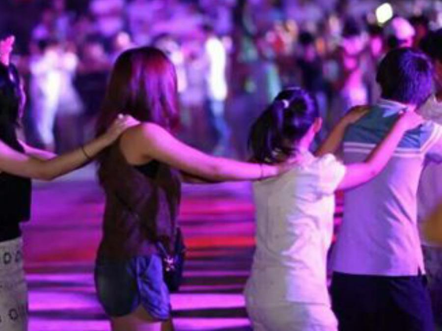 用歌声来表达你的爱,脱单一举成名在九江