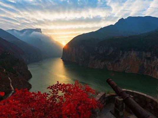 10月3日-6日,徒步三峡之巅—-夔门
