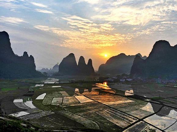 广西、湖南、山水民俗风情游