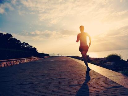 跑步锻炼吧!