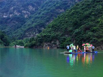 休闲自驾 豫西大峡谷+百草园+水力发电厂