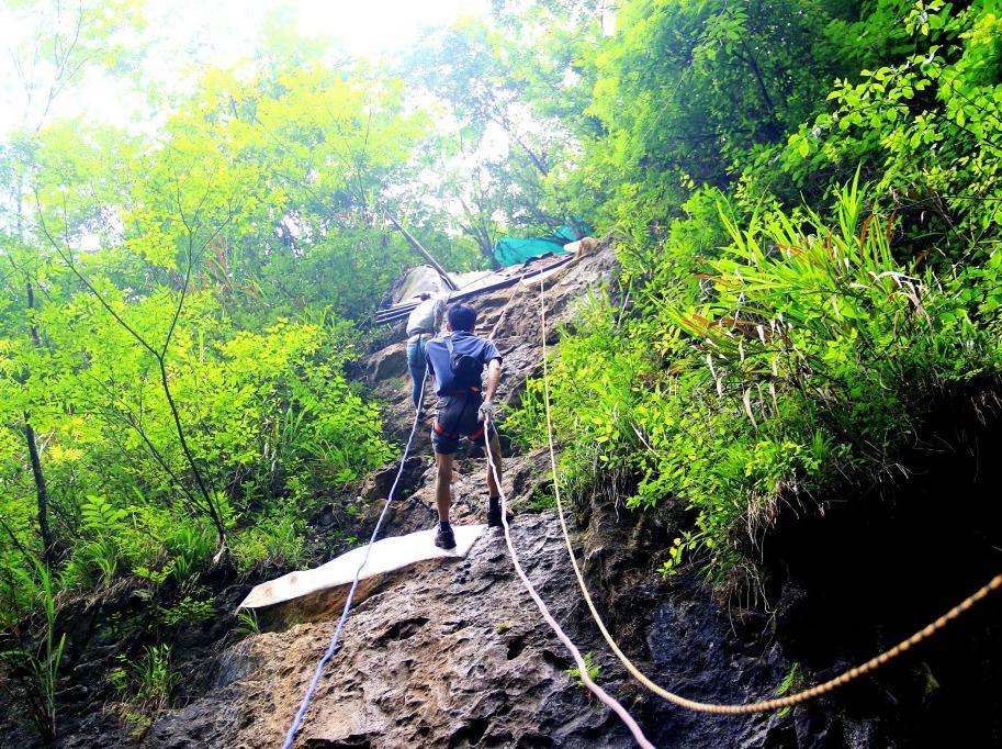 五一   纪龙山挑战心跳、速降、探洞、