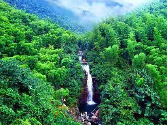 观浙西最大瀑布群、赏原生态美景自驾游