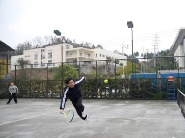 周日打网球,来不来