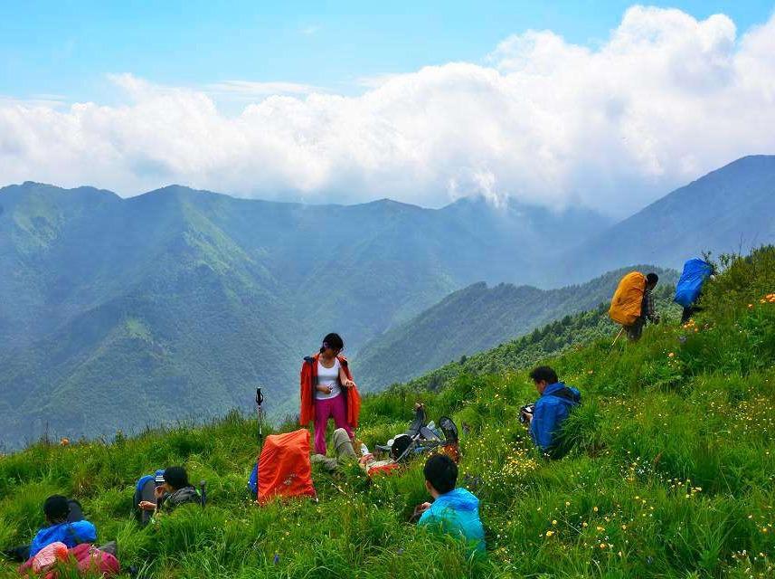 二郎山红岩顶 登山露营 看云海日出