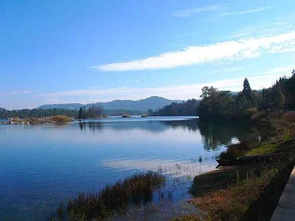 石林长湖露营